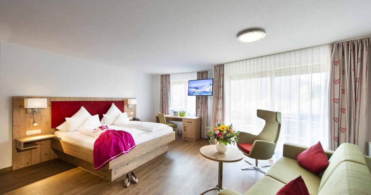 Doppelzimmer Romantik PARTERRE Hotel Erlebach