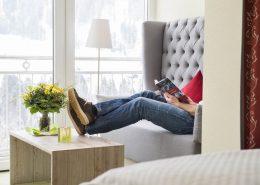 DZ Wintergarten mit Aussicht Hotel Erlebach Sofa