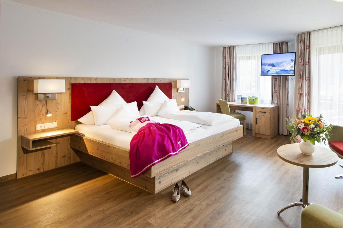 Doppelzimmer Komfort Parterre Hotel Erlebach BB