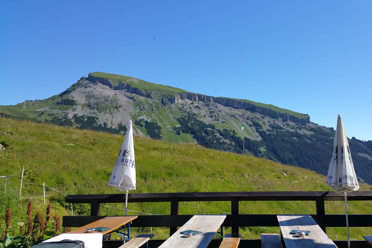 Grenzenlos Wandern Natur erleben Hotel Erlebach Kleinwalsertal BB