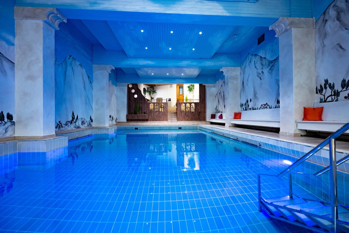 Hallenbad Hotel Erlebach Kleinwalsertal Frank SImon BB